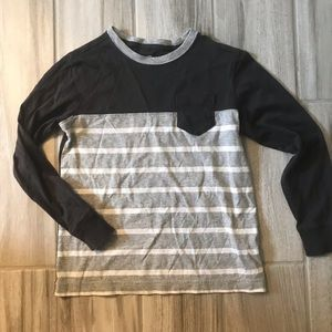 Land's End size 7 long sleeve tee.